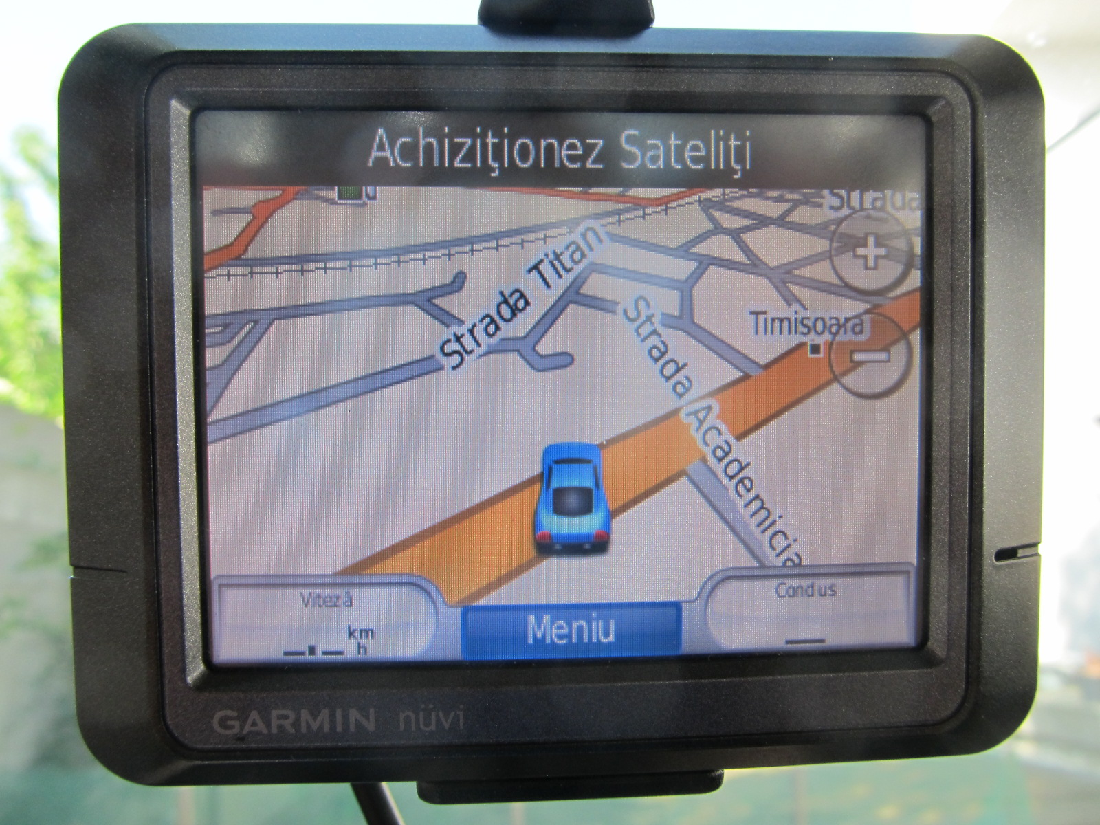 GPS Garmin Nuvi 255 , display 8,9 cm + suport + cablu original