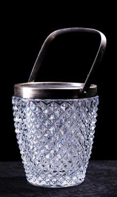 Frapiera din cristal (2)