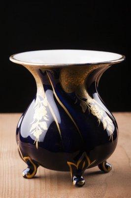 Vaza vintage , cobalt , portelan Graf von Henneberg , marcat